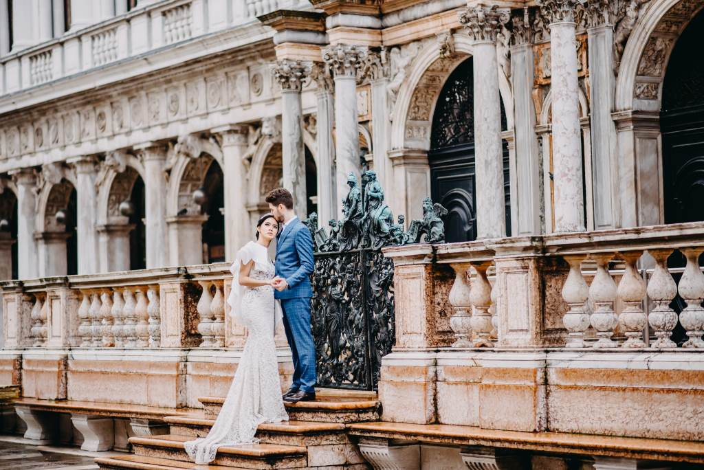 Photographer-Venice-Pre-Wedding-Elopement